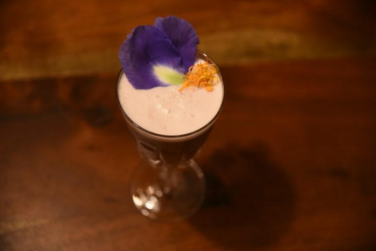 LA BONORA Violet drink